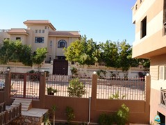 Unfurnished apartment for rent in Solymar